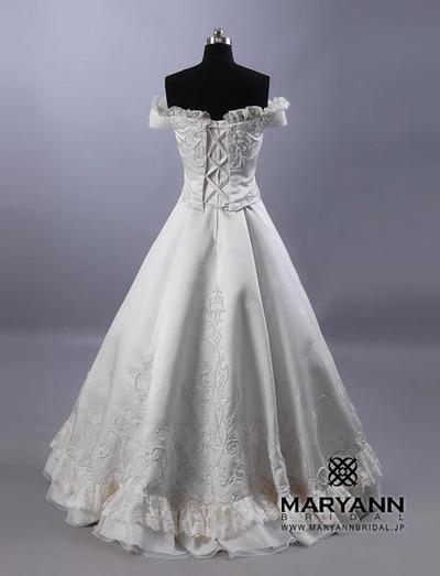 正統派ウェディングドレス