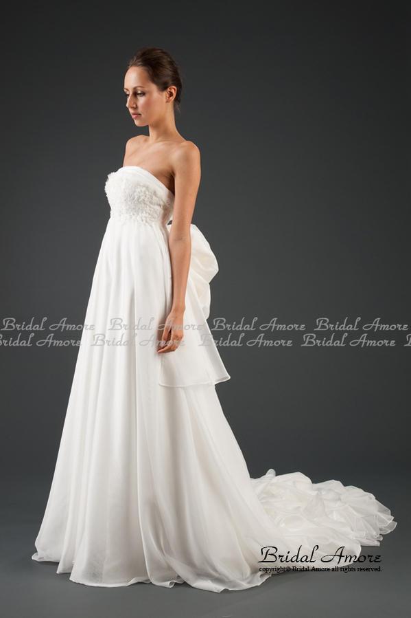 バッスルウェディングドレス-斜め-