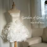 フリルがかわいいビスチェ×ミニスカートのウェディングドレス【Garden of Grace】